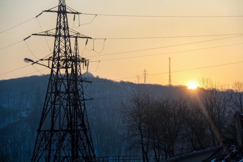 Специалисты южных электросетей и оао магаданэлектросетьремонт заканчивают капитальный ремонт участка вл 35 кв