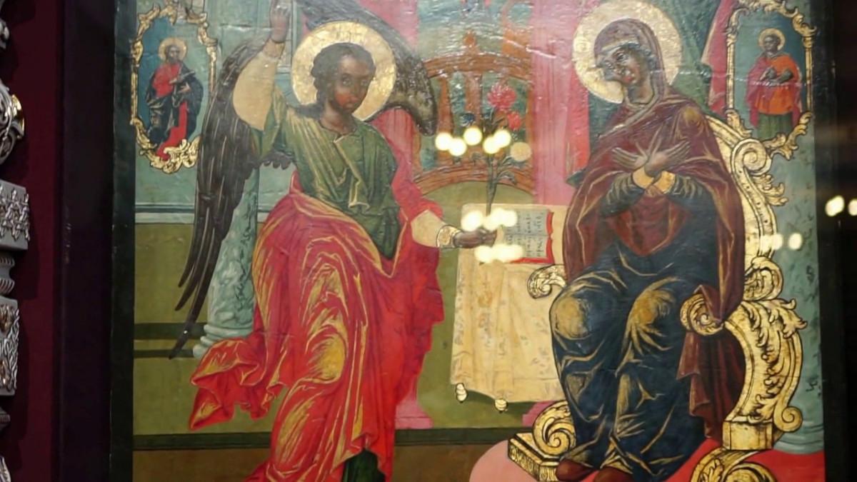 В Иркутск вернулся некогда расхищенный иконостас